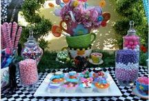 Party - Alice in Wonderland/Tea Party / by Kellie's Creations