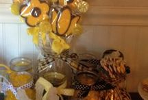 BABY SHOWER IDEAS / by Teresa Caine