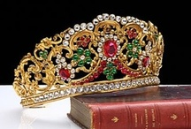 Crowns Tiaras Headresses Hats / by Candy Waldman Crawford