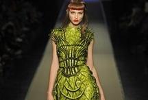 Current Fashion / by Candy Waldman Crawford