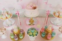 Dessert table / by Viviana Fabre