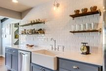 Pretty Kitchens / by Kelly Herriman