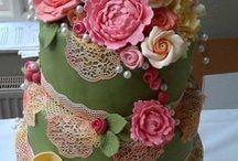 Dreamy Wedding Cake / by Diamond Select