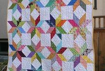 Quilts  / by Linda Ramirez
