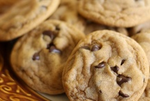 Carbs: Cookies / by Savanna Mullan