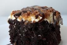 Cakes / by Stacie Blackward