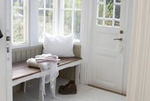 ♥ Window Seat ♥ / I love a window seat ....  Wouldn't mind one  in my home / by Lydias Treasures - Lisa