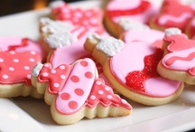 ~Cookies~ / by Claudia (Imparato) Lindheim