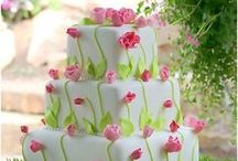Amazing Cakes! / Most of these should be clicked on to really appreciate the detail! / by Donna Hirsch