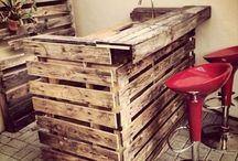 Pallet Party / Pallets and the cool stuff I want to make with them! / by Denise White