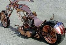 Motorräder / by Ro Ché