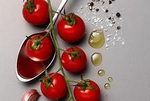 Tomatoes / by Rita Parada