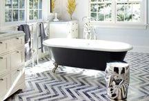 decor   bathroom / by Melissa Dunlap