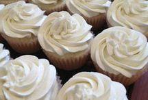 Cupcake Recipes / by Mimi
