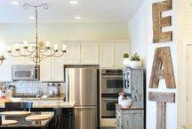 Dream Kitchens / by Carli Calhoun