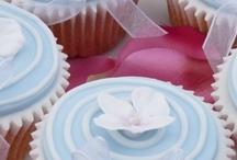 CUP CAKES WEDDING / by Ellen Graham