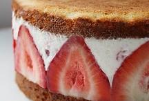 Cakes / by Lynn Palyszeski