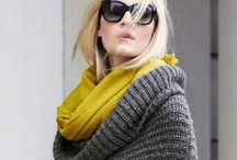 Fashion and accessories - Moda y complementos / by Sara Lago