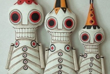 Halloween & Dia de los Muertos / by Kaira Fern Thompson