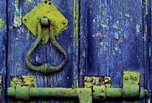 Door Hardware / by Gerrie Swartz
