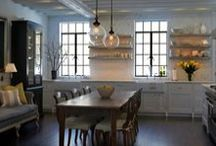 Kitchens / by Lindsey Luebber