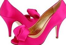 Shoes! / by Bailey de Wynter