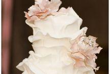 Weddings / by Gabrielle Harnden