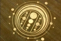 CROP CIRCLES / Read National Geographic News: Crop Circles: Artworks or Alien Signs? http://news.nationalgeographic.com/news/2002/08/0801_020801_cropcircles.html / by Antonio dos Santos