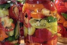 Recipes: Canning & Preserving / by Sharon Raine