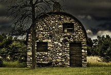 That Old Barn / by Forever GoGo