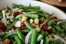 Food - Vegetables / by Helen Davis