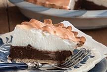 Food - Dessert - Pie / by Helen Davis