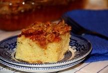 Food - Dessert - Cake / by Helen Davis