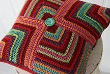 Crochet y agujas / Tejidos en crochet y dos agujas para el hogar / by Patricia Mejía