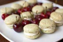 Food - Macarons & Meringue / by Hannah Mueller