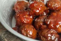 Food - Meatballs / by Hannah Mueller
