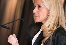 Panel Montréal - Femmes leaders au cœur des affaires 2013 / Nous avons réuni pour la seconde fois des femmes de tous horizons professionnels pour discuter des défis et des opportunités qui se présentent aux femmes dans les postes de direction aujourd'hui.  / by Randstad Canada