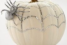 Halloween / Halloween crafts & decor / by Daphne B.