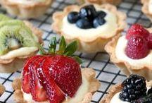 { SWEETIE PIE } / Pie Pie Pie / by Shannon Smith