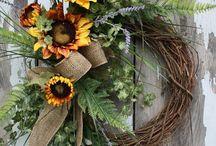 Wreaths / by Tammye Foreman Mineo