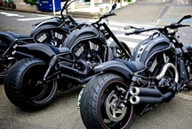 Motorcycles & Bikes / by Ugur Guldesli