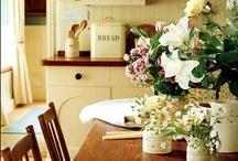 Decorating - Lovely Farmhouse Style / by Stephanie @ The Cozy Old Farmhouse