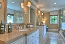Traditional Bathrooms / by Linda Barta Clevenger