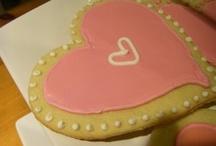 Cookies, Bars & Candies / by Rachel Cummins
