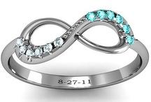 Jewelry / by Taylor Plotz