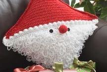 Crochet: Christmas: Pillows / by Polly Wickstrom