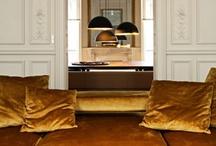 KLEUR ✽ Goud Interieur   Gold Interior / Doe kleurinspiratie in de kleur goud op voordat je je huis gaat veranderen. Als kleurstylist, kleuradviseur en kleurspecialist help ik je graag met kleuradvies op maat. Kijk voor meer kleurinspiratie voor je interieur op www.stijlidee.nl en vraag vrijblijvend een offerte aan via info@stijlidee.nl  / by STIJLIDEE Interieuradvies en Styling