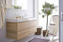 #IKEAcatalogus ✽ STIJLIDEE Slaapkamer en Badkamer Inspiratie / #IKEAcatalogus #IKEAwin STIJLIDEE selecteerde de meest inspirerende slaapkamers en badkamers. Stel ook jouw favoriete slaap- en badkamer samen voor 12-09-14. Het mooiste bord laat IKEA tot leven komen in IKEA Amsterdam. STIJLIDEE's droomslaapkamer bestaat uit een royale inloopkast met schuifdeuren, gecapitonneerde hocker en boxspring bed in wit linnen, houten vloer, balkenplafond, vrijstaand bad, open haard, natuurlijke accessoires, vergrijsde kleuren in wit, roze, en grijs en een regendouche.  / by STIJLIDEE Interieuradvies en Styling