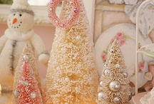 Christmas in Pink / by Liz Lawrence