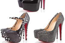 Shoe Slut / by Nadia Calzaretta